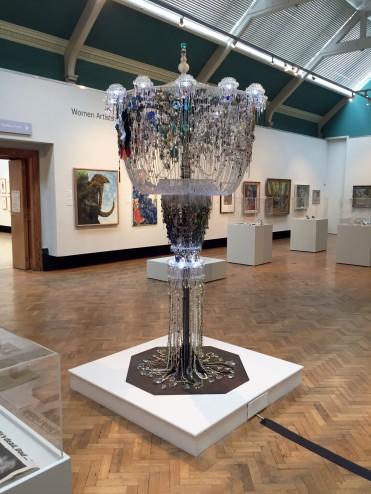 chandelier-in-gallery-2-at-touchstones